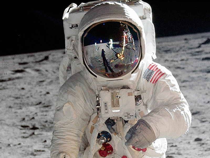 BUzz Aldrin, Apollo 16 Moon Mission