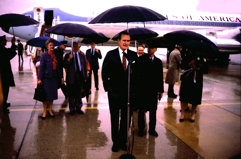 President George H. Bush and Staff @ Air Force One